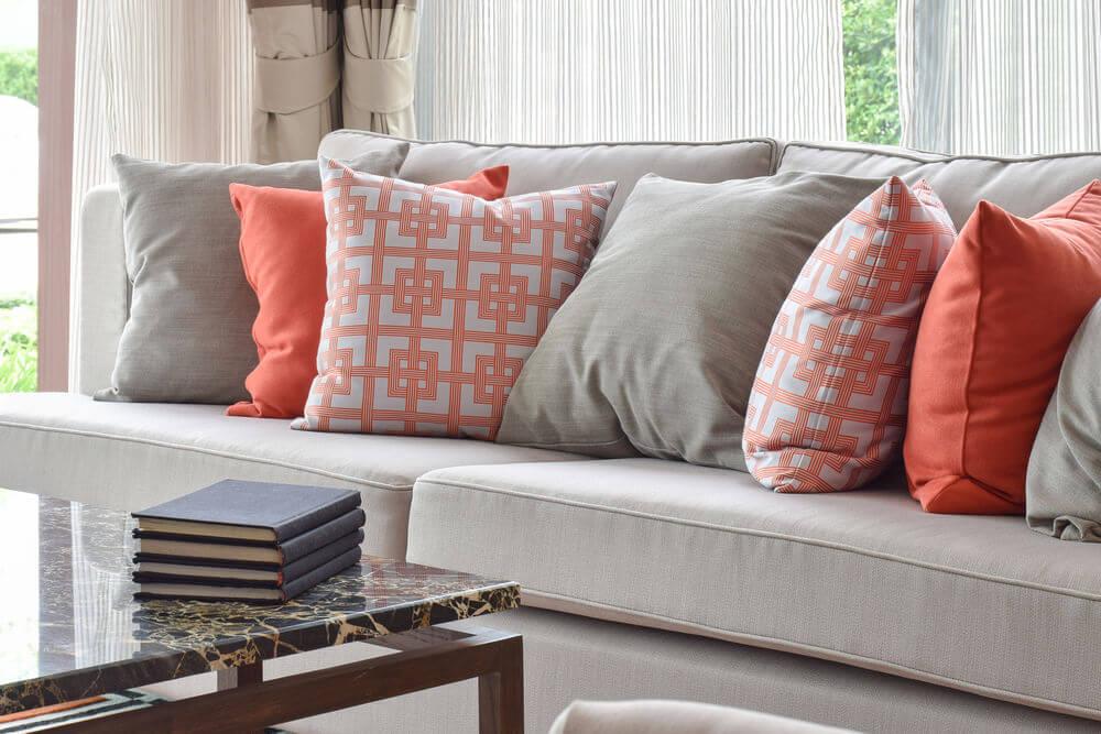 Colorful Cushion & Pillows