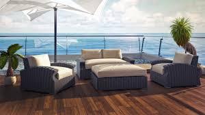 Beachside Lounge